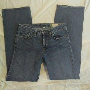 GAP 6R Essential Bootcut Jeans